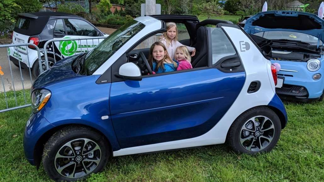 Drive Electric Earth Day (DEED) event at Knoxville's EarthFest